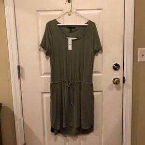 Dress - drawstring waist. Green